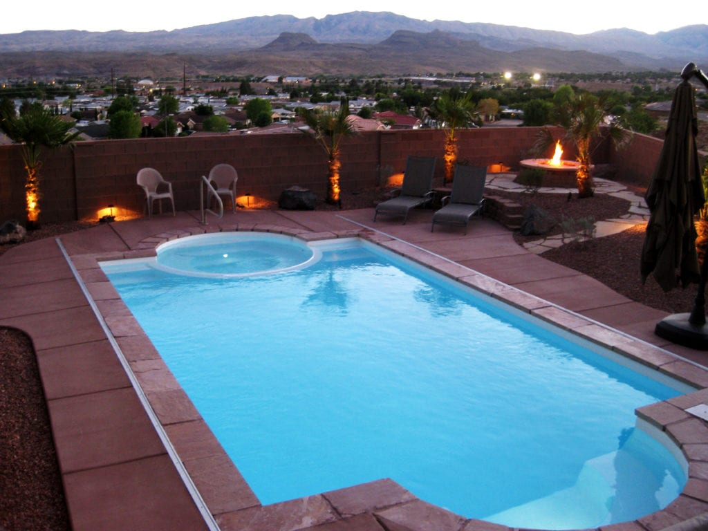 Fiberglass vs vinyl vs concrete pools advantages and for Vinyl swimming pool